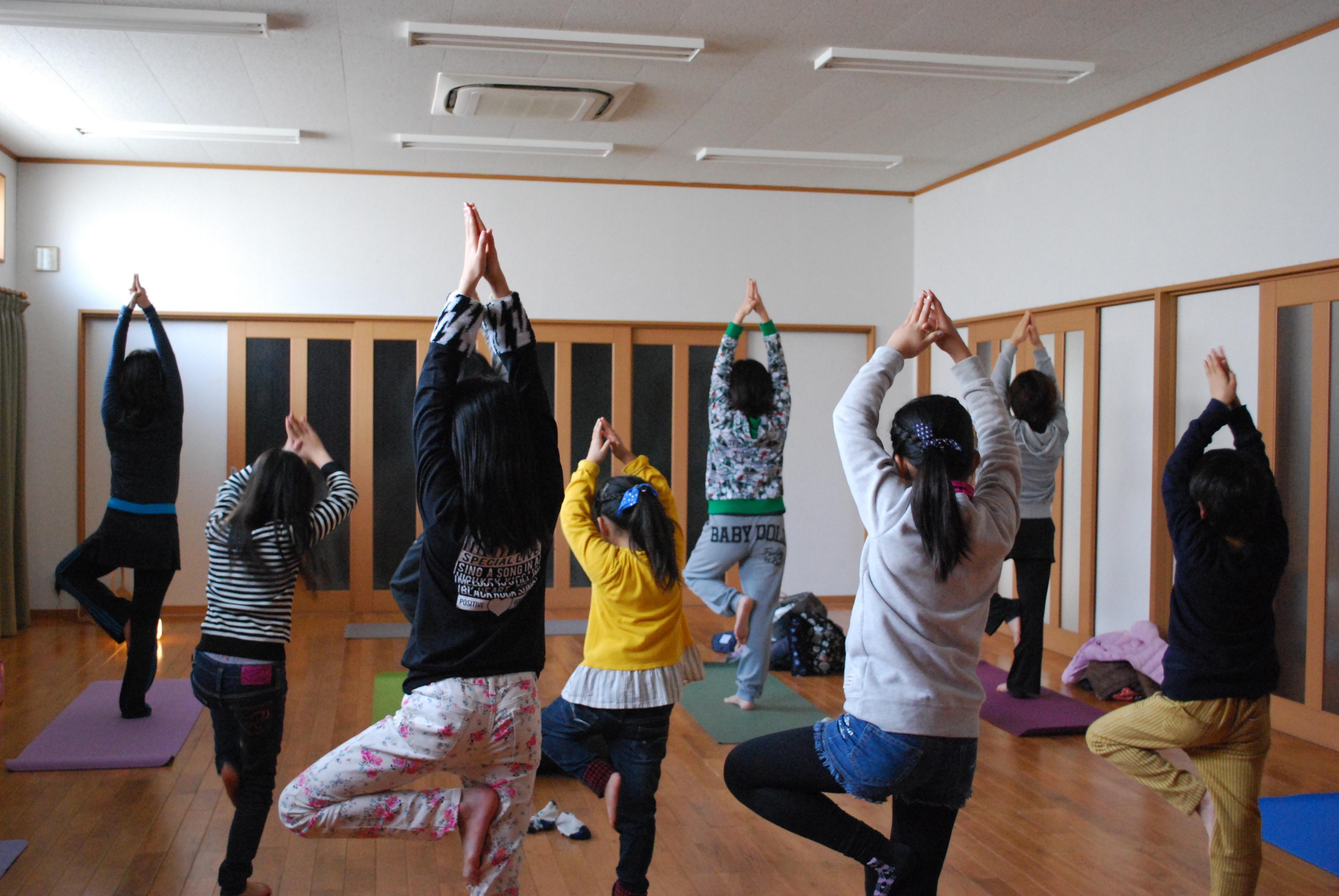 若江公民館 ママと大人yoga