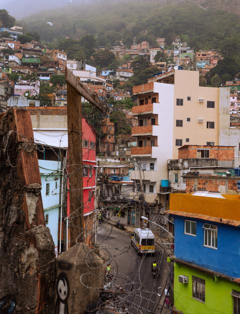urban-street-scene-rocinha-favela-rio-de