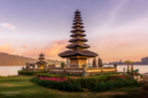 Landscape photograph of sunset at Pura Bratan temple on Lake Bratan in Bali, Indonesia