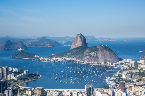 sugarloaf-mountain-guanabara-bay-daytime