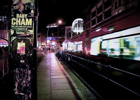 street-scene-night-berlin-germany.jpg