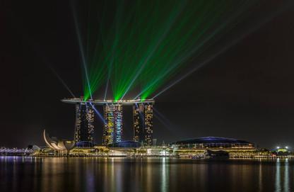 light-show-marina-bay-sands-night-singap