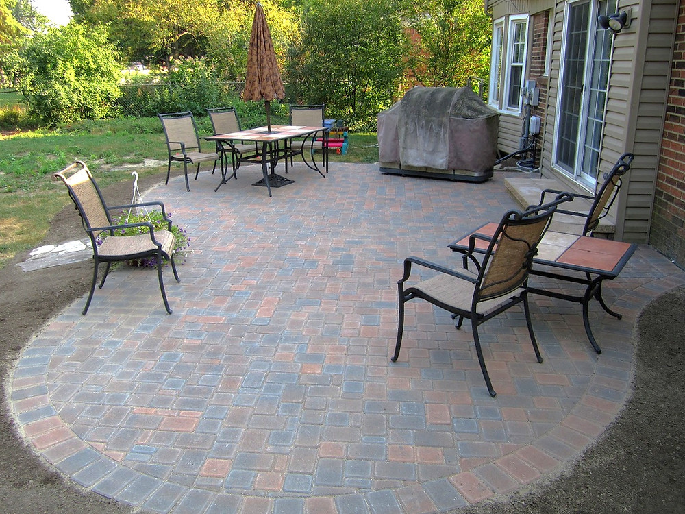 A paver patio in Cardiff, South Wales
