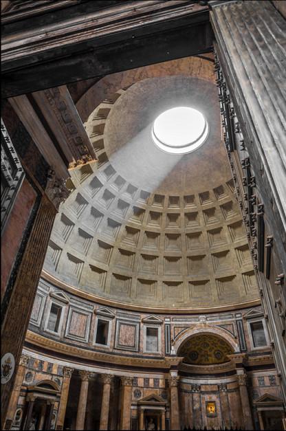 light-glare-inside-pantheon-rome-italy.j
