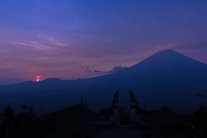 dusk-twilight-pura-lempuyang-luhur-panor