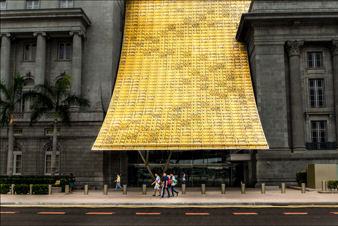 gold-canopy-national-gallery-singapore-f