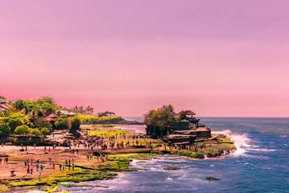 sunset-uluwatu-temple-landscape-coastlin