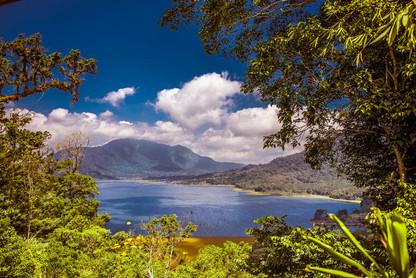 danau-buyan-lake-wide-landscape-view-bal