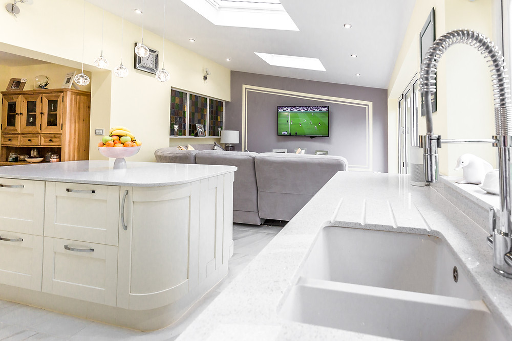 Kitchen and lounge extension in a property in Cardiff, South Wales
