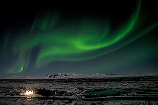 thingvellir-northern-lights-iceland.jpg