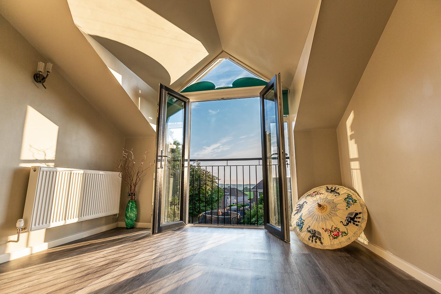 Upper Floor Side Extension