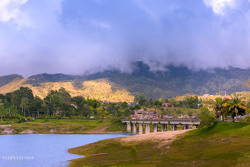 Landscape photograph of a low cloud in Guatape, Colombia