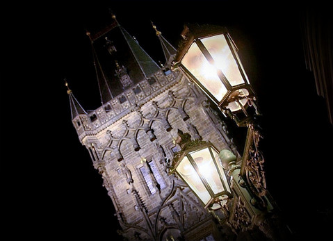 charles-bridge-tower-night-street-light-