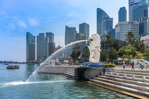 merlion-downtown-core-district-singapore