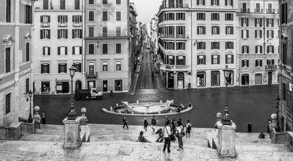 black-and-white-view-spanish-steps-rome-