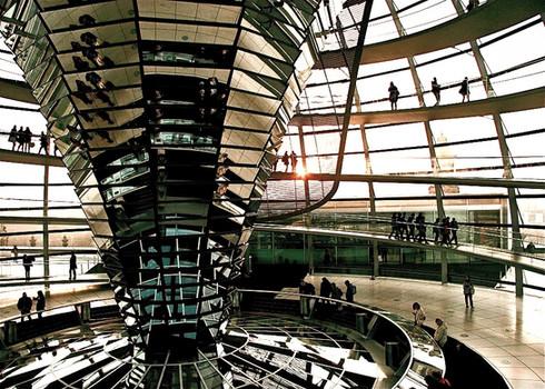 inside-reichstag-building-sunset-berlin-