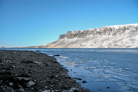 snow-mountain-iceland-2.jpg