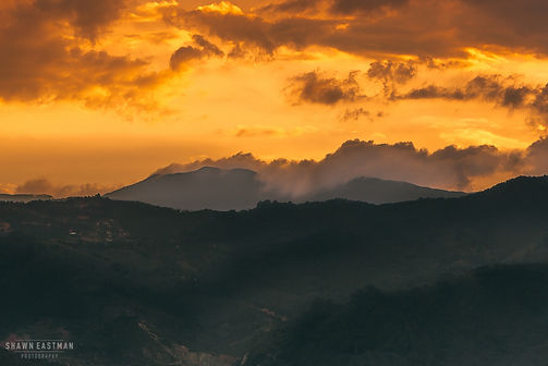 Landscape photograph of sunset in Medellín, Colombia