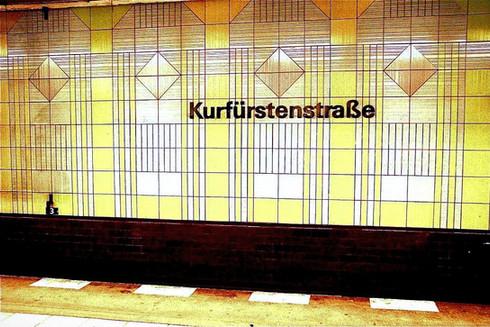 kurfurstendamm-sign-train-station-berlin