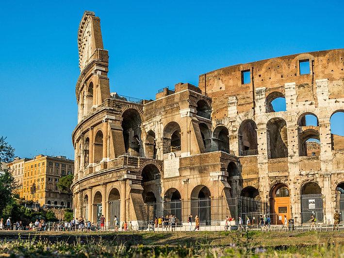 roman-colosseum-daytime-roman-italy.jpg