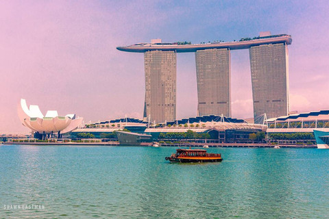 boat-singapore-strait-marina-bay-sands-a