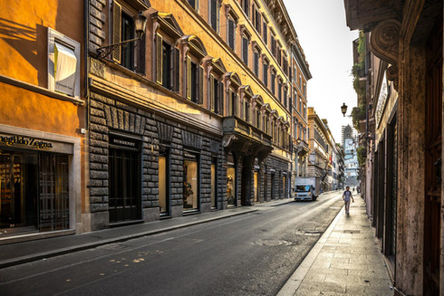 morning-sunrise-street-scene-rome-italy.