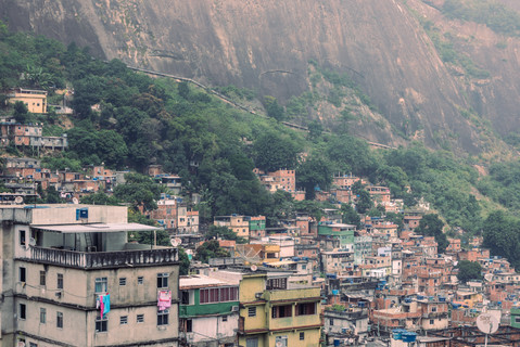 aerial-view-rocinha-favela-rooftops-moun