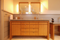 Studio InSitu - Attic bathroom suite