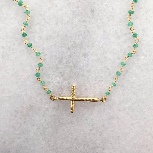 křížek. smaragd.