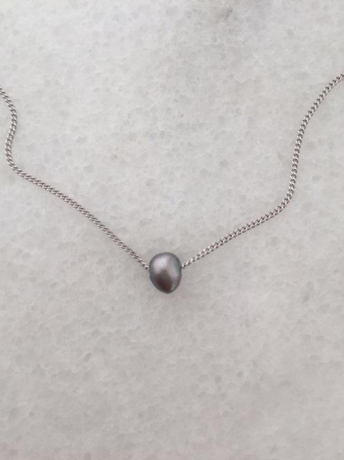 fialková perla.
