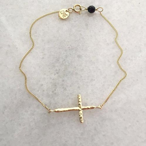 kříž.onyx.zlato.
