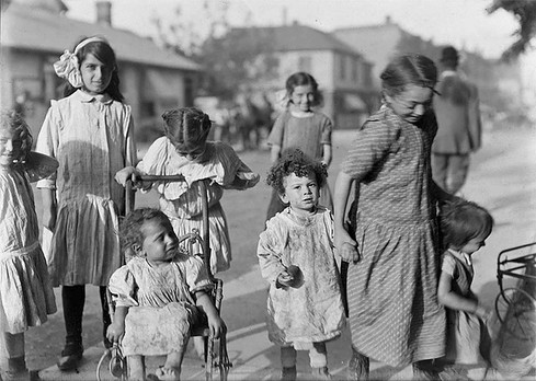 Children of the Ward, William James, ca. 1911, Fonds 1244, Item 8029, William James Family Fonds, City of Toronto Archives