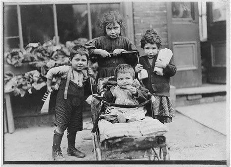 Children Living in the Ward, William James, 1911, Fonds 1244, Item 8028, City of Toronto Archives