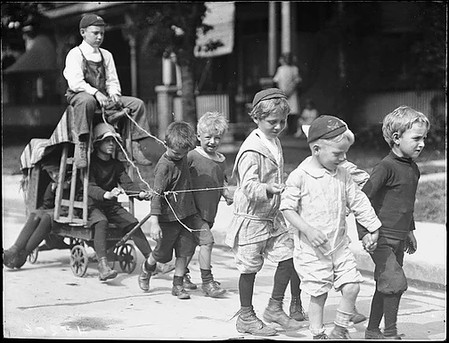 Children Pull Car Major Street, William James, ca. 1911, Fonds 1244, Item 8206, William James Family Fonds, City of Toronto Archives