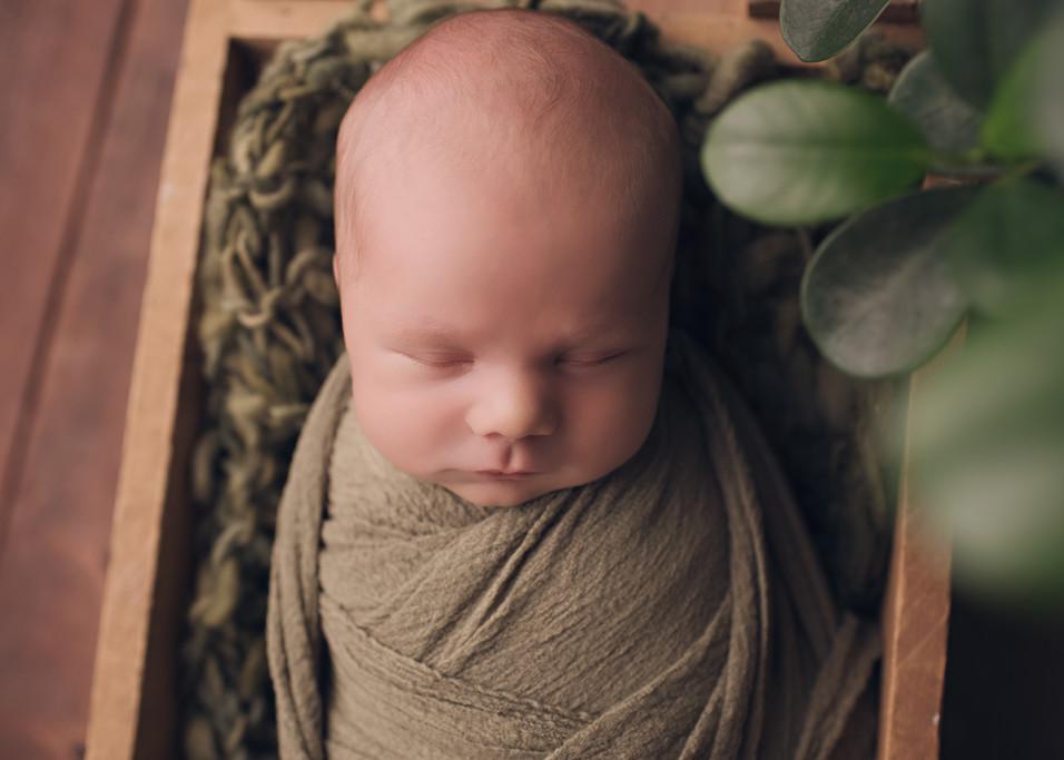 Isaac Newborn - Berks County Photographer