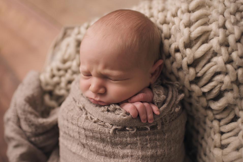 Enzo, Newborn