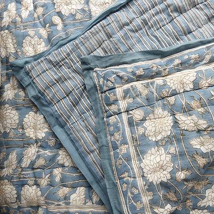 Dahlia & Beetles Indigo quilt