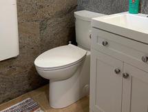 Bathroom / Toilet