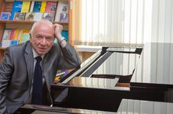 Boris Pecherski