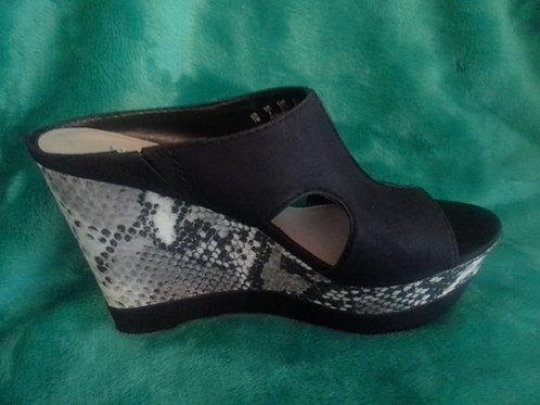 Animal Print Platform Shoe