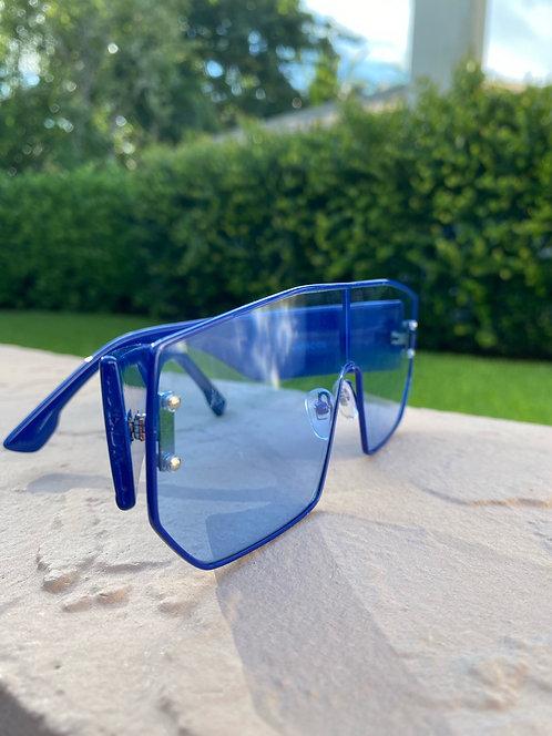 VOYAGE- Clear Blue
