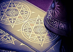 services available - picture of tarot cards
