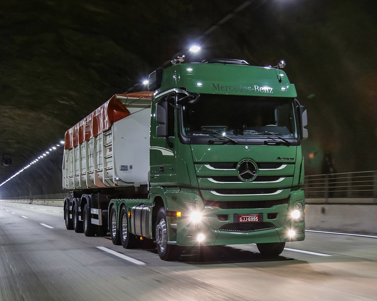 actros-1-1280
