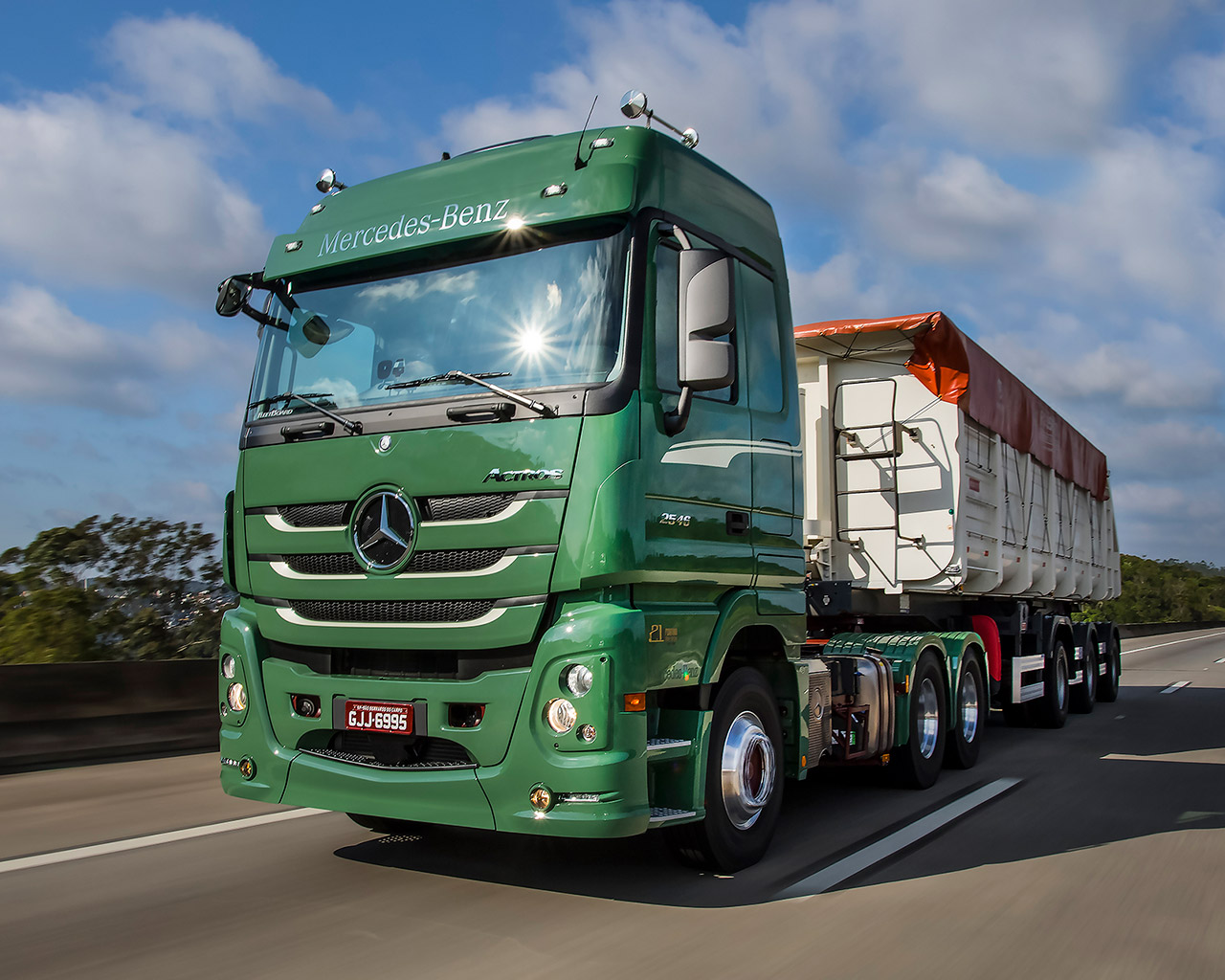 actros-3-1280