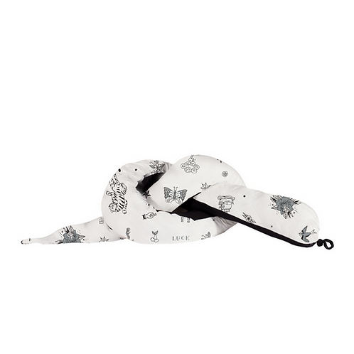 נחשוש למיטת תינוק/מעבר בצבע לבן עם הדפס אולד סקול