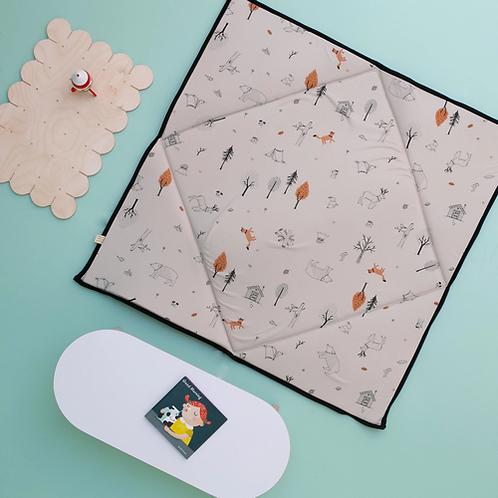 מזרן פעילות מתקפל לתינוק- אפור בהיר עם הדפס יער