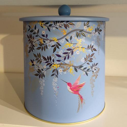 קופסאת פח מעוצבת : Sarah Miller - Chelsea Biscuit Barrel