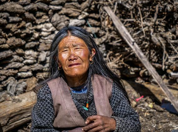 La gardienne des clefs, monastère de Phu