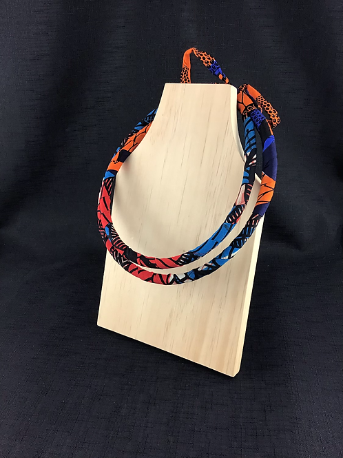 Material pattern necklace