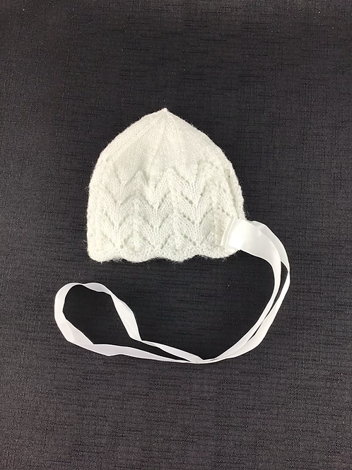 White Perl knitted bonnet